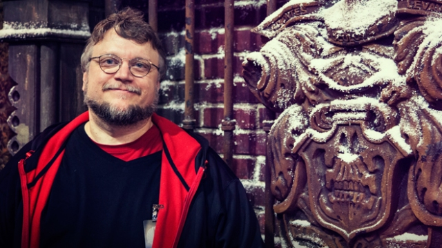 Crimson-Peak-Guillermo-del-Toro-Comic-Con-2014-Legendary